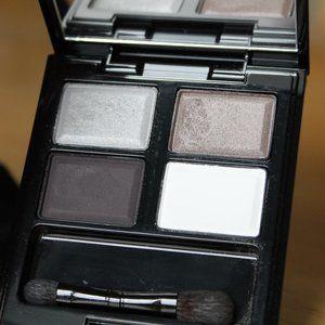 SUQQU Eyeshadow Palette